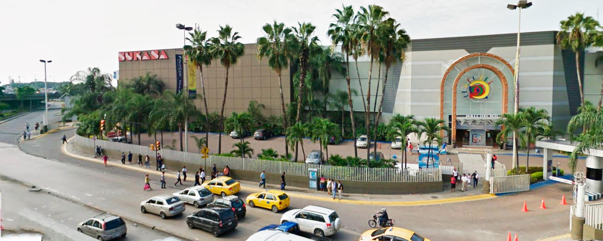Trespa-hpl-fenolico-ecuador-mall-del-sol-acimco-antes